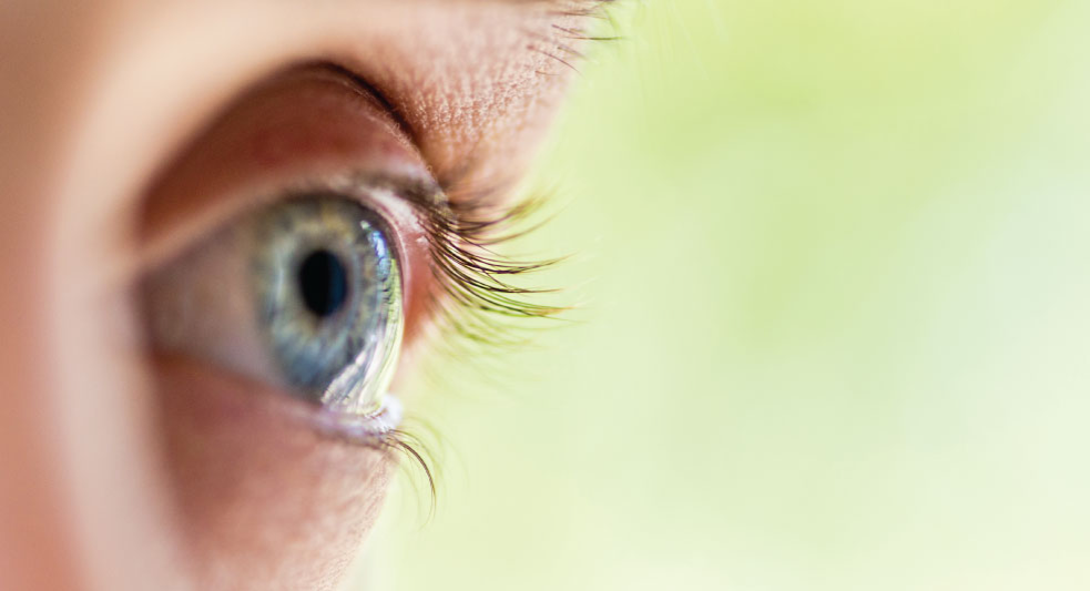 Early Onset Cataracts: Signs, Causes, Treatment of Premature Cataracts