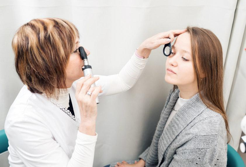 Retinal Damage: Types, Causes, Symptoms, and Effects